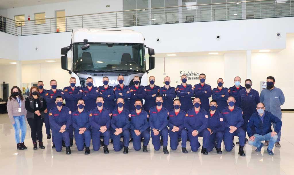 Brasdiesel Caxias do Sul recebe a visita do 5º Batalhão de Bombeiro Militar de Caxias do Sul