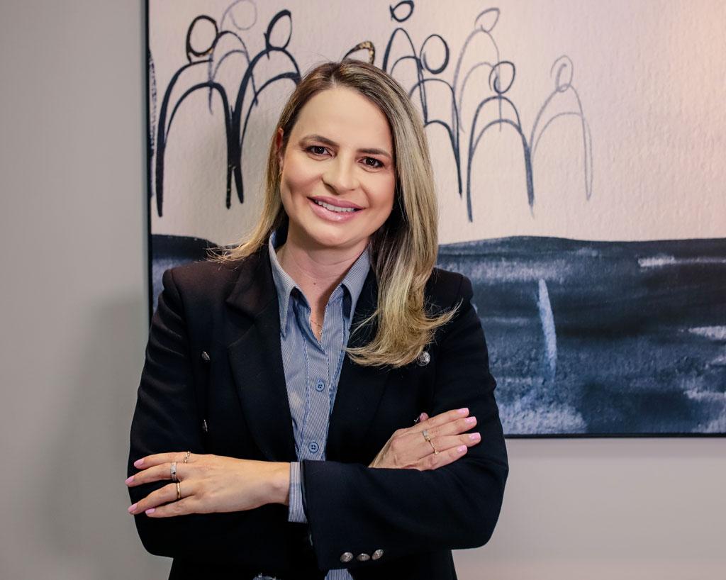 ESPECIAL SEMANA DA MULHER - Conheça Vanessa Catto, um exemplo de mulher empreendedora que se destacou no ramo logístico.